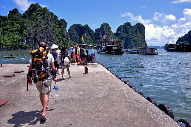 Tour du lịch Hạ Long 2 ngày 1 đêm giá rẻ