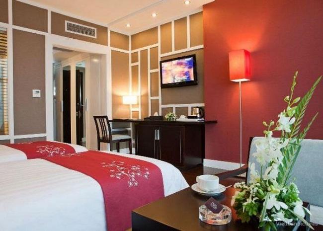 Phòng khách sạn thoáng, tiện nghi và sang trọng