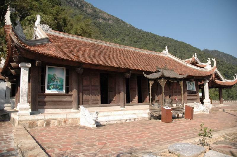 Khám pháTour Lễ Hội Yên Tử – Về Với Đất Phật