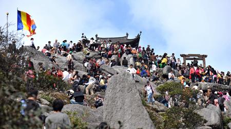 Lễ hội chùa Yên Tử Hạ Long