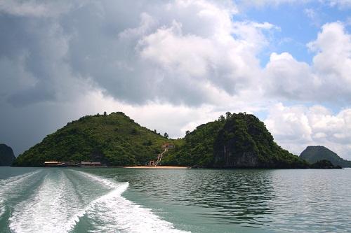 Đảo Soi Sim nhìn từ xa