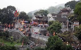 Di tích thắng cảnh đền Cửa Ông - Quảng Ninh