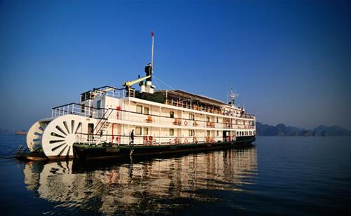 Du thuyền Emeraude mang hơi hướng của tàu chạy bằng hơi nước