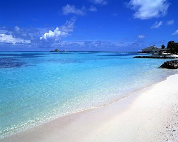 Bãi Vàn Chảy - Một trong những bãi biển đẹp nhất miền Bắc
