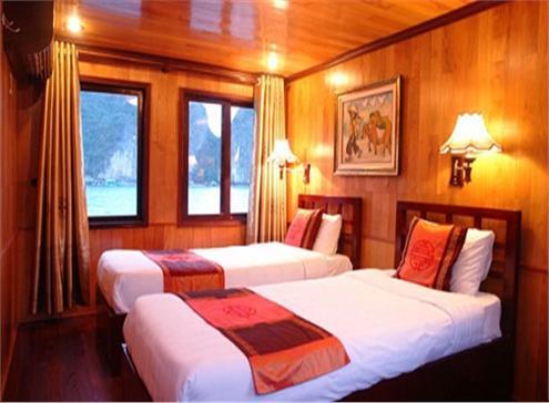 Phòng nghỉ ngơi sang trọng có thể ngắm nhìn khung cảnh qua cửa sổ lãng mạn