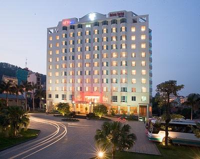 Khách sạn Star City Suối Mơ