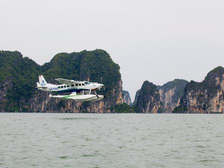 Du lịch Hạ Long trải nghiệm ngồi thủy phi cơ ngắm nhìn vịnh Hạ Long đẹp hùng vỹ