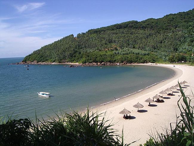Bãi biển Hải Hòa