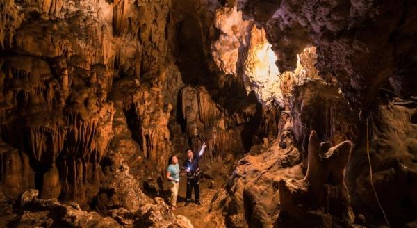 Đến Mai Châu khám phá vẻ đẹp Hang Mỏ Luông và Hang Chiều
