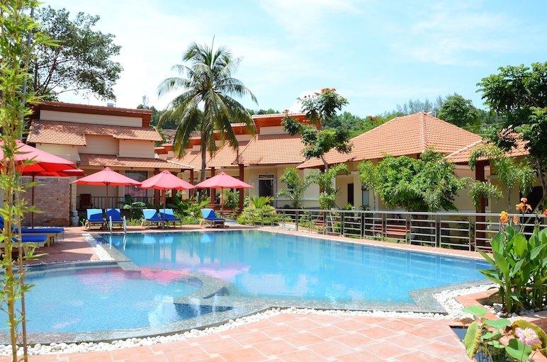 Khung cảnh khu nghỉ dưỡng Castaways Phú  Quốc