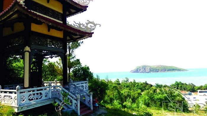 Vũng Chùa Đảo Yến - nơi yên nghỉ của Đại tướng Võ Nguyên Giáp